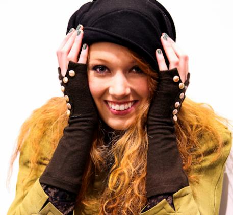Gloves, from the artist's website.